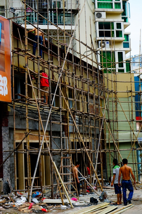 Bamboo (scaffolding), the most valuable material in China