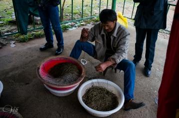 Weaving a fishing net